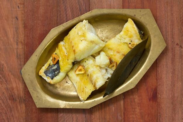 Bacalhau frito no prato