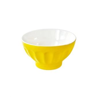 Bacia cerâmica amarela isolada no traçado de recorte branco