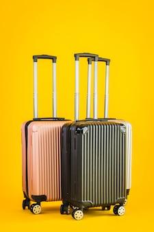 Bagagem de cor cinza rosa preto ou saco de bagagem para viagens de transporte