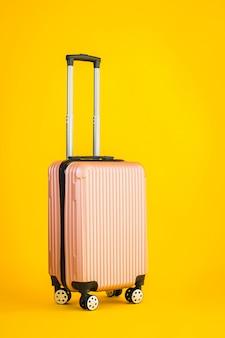 Bagagem de cor rosa ou saco de bagagem usado para viagens de transporte