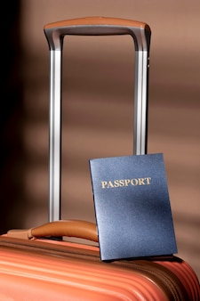 Bagagem preparada e passaporte