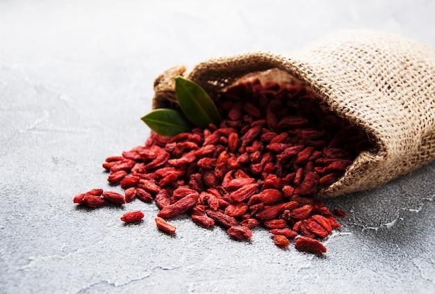 Bagas de goji vermelho seco