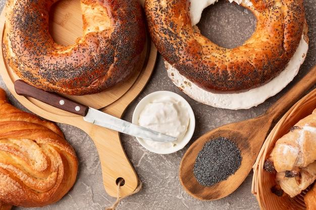 Bagels caseiros deliciosos plana leigos