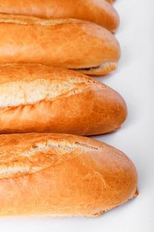 Baguete francesa, pão. isolado