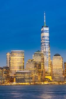 Baixa manhattan, nova york à noite