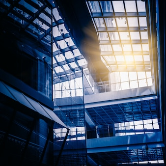 Baixo, ângulo, vista, vidro, telhado, modernos, predios