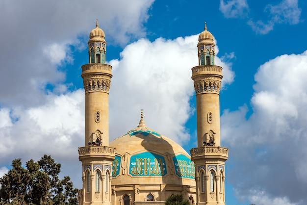 Baku, azerbaijão, 8 de abril de 2020 construção da mesquita