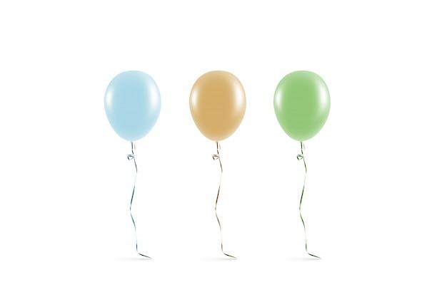 Balão colorido em branco