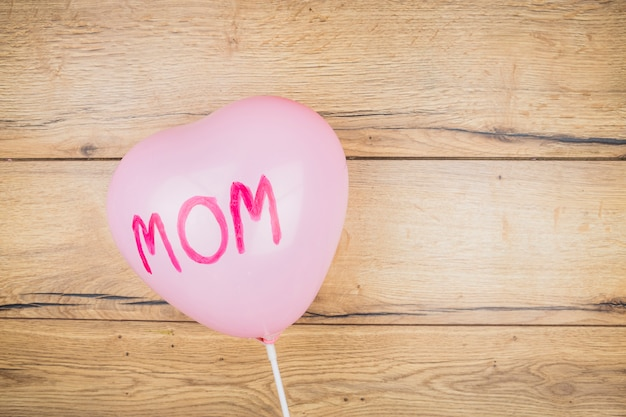 Balão com a palavra mãe a bordo