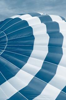 Balão de ar quente fechar-se gratuitamente