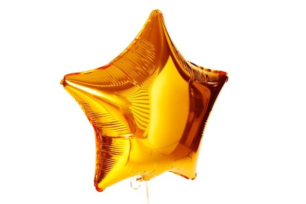 Balão metálico ouro grande estrela isolado no branco