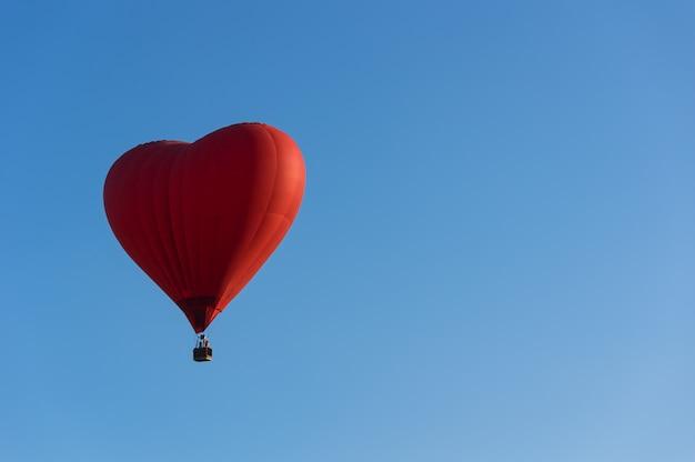 Balão vermelho