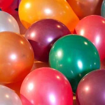 Balões coloridos em uma festa