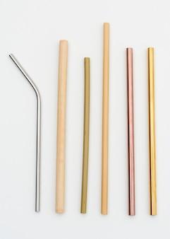Bambu reutilizável e canudos de metal