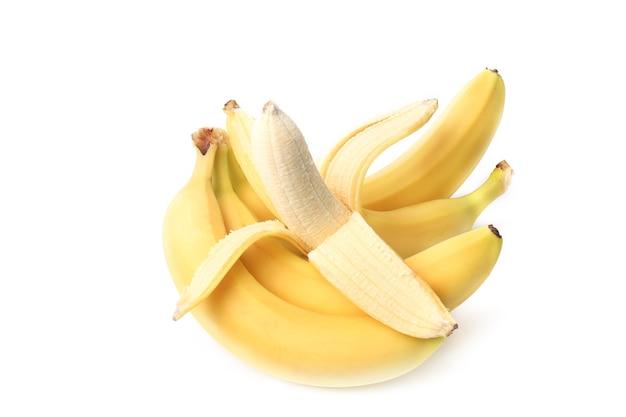 Banana descascada isolada em fundo branco