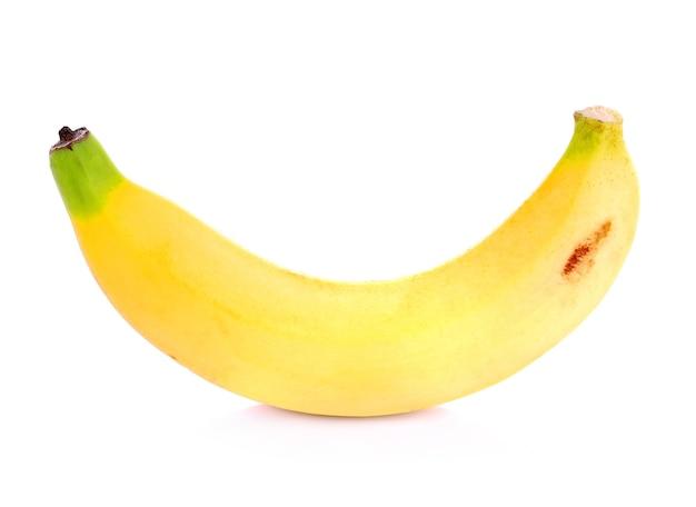 Banana em fundo branco
