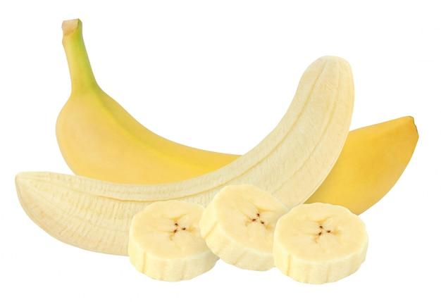 Banana inteira e descascada, isolada no fundo branco com traçado de recorte