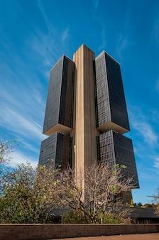 Banco central do brasil em brasília, df, brasil em 14 de agosto de 2008. fachada da sede.