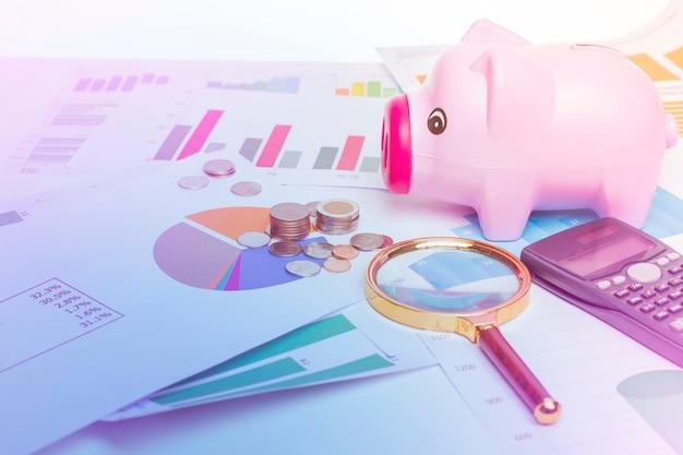 Banco de porco em diagramas de dados de finanças, fundo financeiro