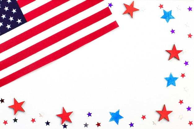 Bandeira americana e estrelas. dia da independência