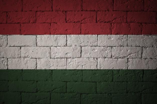 Bandeira com proporções originais. closeup da bandeira do grunge da hungria