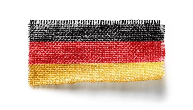 Bandeira da alemanha em um pedaço de pano branco