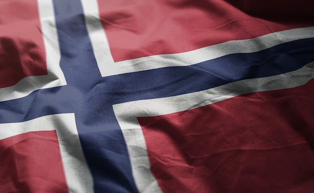 Bandeira da noruega amarrotada close up
