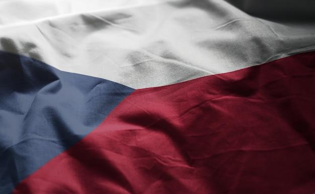 Bandeira da república checa amarrotado close up