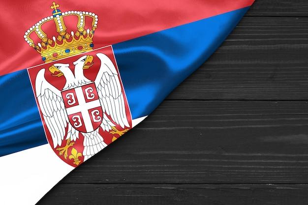 Bandeira da sérvia cópia espaço