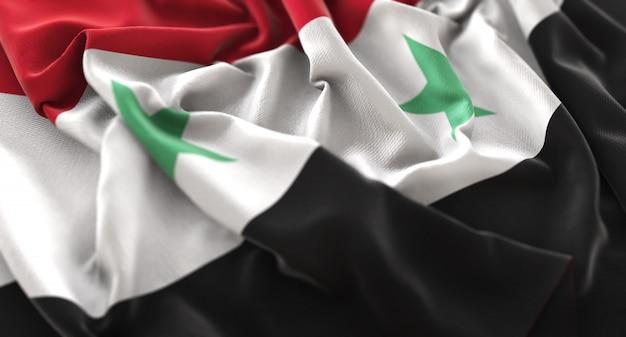 Bandeira da síria ruffled beautifully waving macro close-up shot