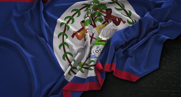 Bandeira de belize enrugada no fundo escuro 3d render
