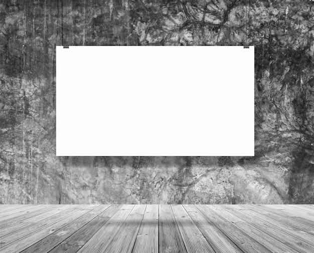 Bandeira de cartaz de maquete pendurado na sala de parede, conceito de espaço de trabalho do sotão