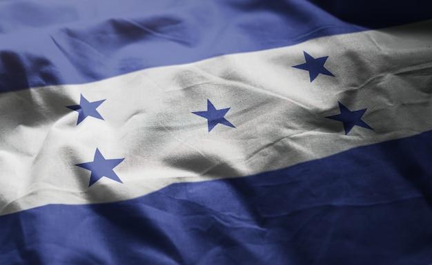 Bandeira de honduras amarrotada close up