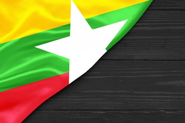 Bandeira de mianmar cópia espaço