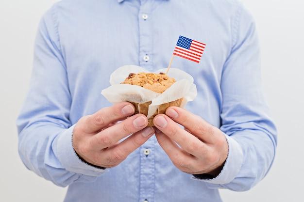 Bandeira de miniatura da américa eua com bolinho doce