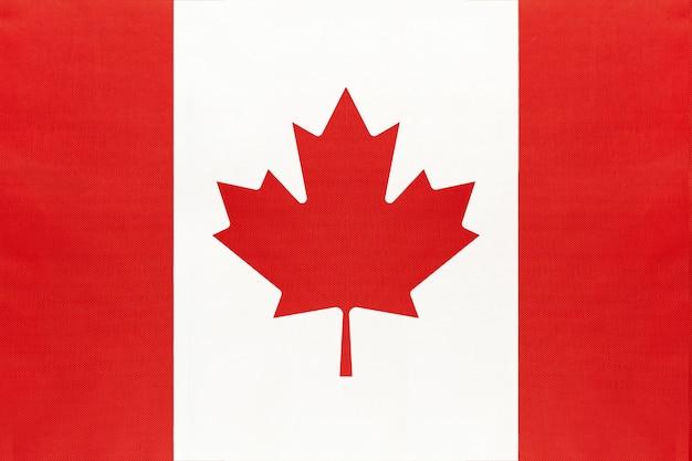 Bandeira de tecido nacional do canadá, símbolo do mundo internacional da américa do norte país.