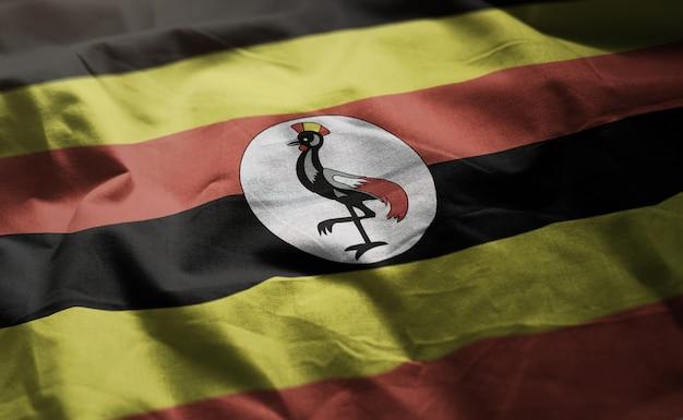Bandeira de uganda amarrotada close up