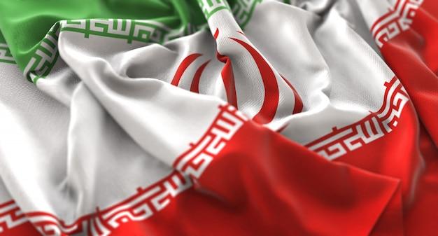 Bandeira do irã ruffled beautifully waving macro close-up shot