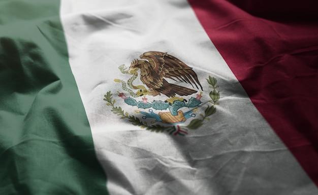 Bandeira do méxico amarrotada close up