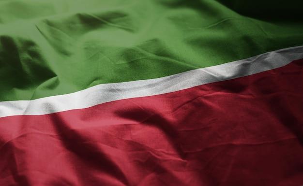 Bandeira do tartaristão amarrotada close up