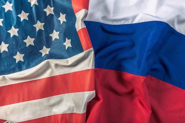 Bandeira dos eua e bandeira da rússia