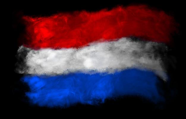 Bandeira nacional da holanda feita com fumaça colorida