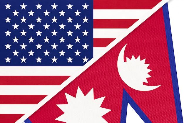 Bandeira nacional eua vs república do nepal de têxteis. relação entre dois países americanos e asiáticos.