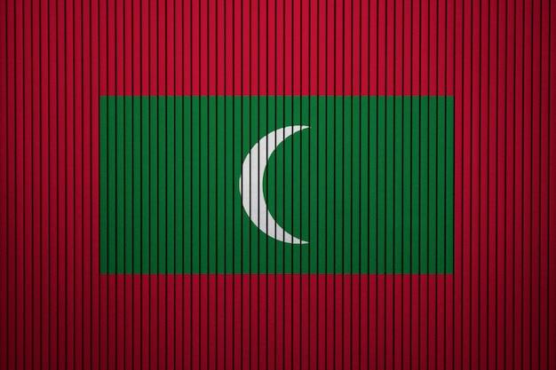 Bandeira nacional pintada das maldivas em uma parede de concreto
