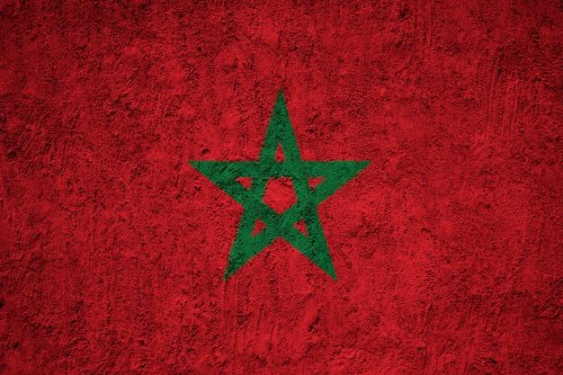 Bandeira nacional pintada de marrocos em uma parede de concreto