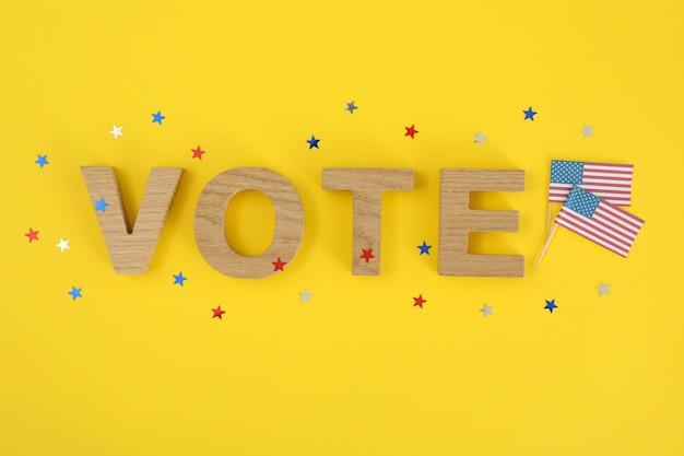Bandeiras americanas e voto da palavra com estrelas
