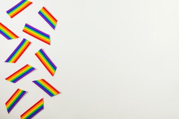 Bandeiras coloridas de papel lgbt