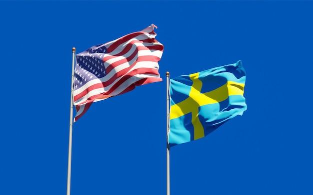 Bandeiras da suécia e dos eua no céu azul. arte 3d