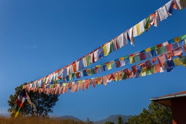 Bandeiras de oração tibetanas