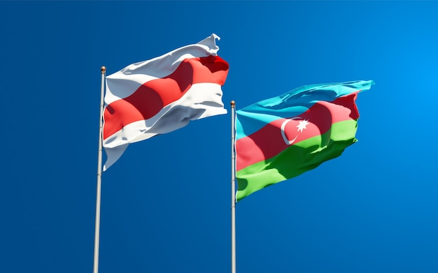 Bandeiras estaduais nacionais da nova bielorrússia e do azerbaijão